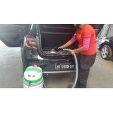 Lavagem a seco de carros na Vila Hamburguesa